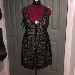 Ark &Co Black lace dress. Large, zip up front.